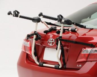 Gordo Trunk Rack carries 2 bikes