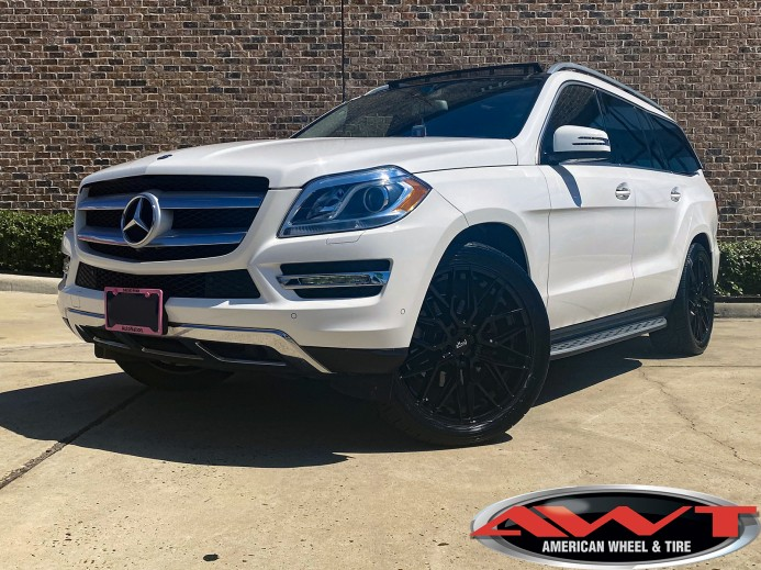 White 2014 Mercedes GL 450 22x9 Niche Gamma wheels in gloss black 285/40R22 Nitto 420V tires