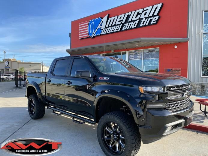 "Black 2020 Chevrolet Silverado 1500 6"" lift  22x10 Hostile H107 vulcan blade Wheels 35"" Nitto Ridge Grappler Tires"