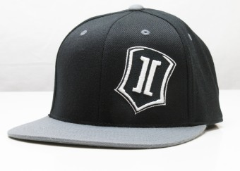 ICON SHIELD SNAPBACK HAT